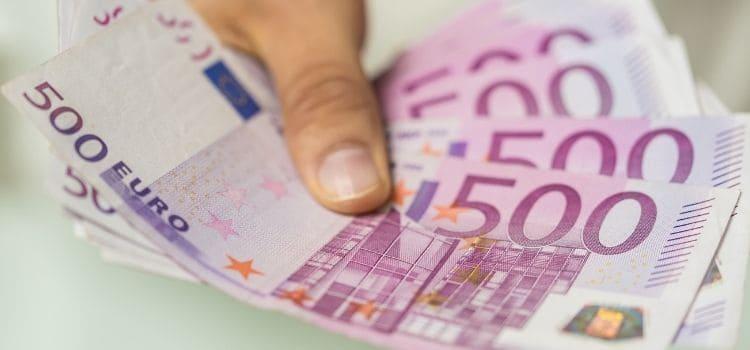Is geld lenen verstandig